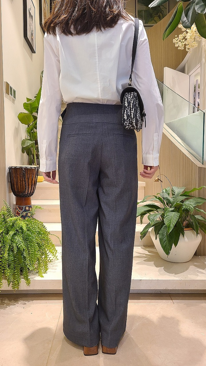 COPIHUE CLOTHING Array image59