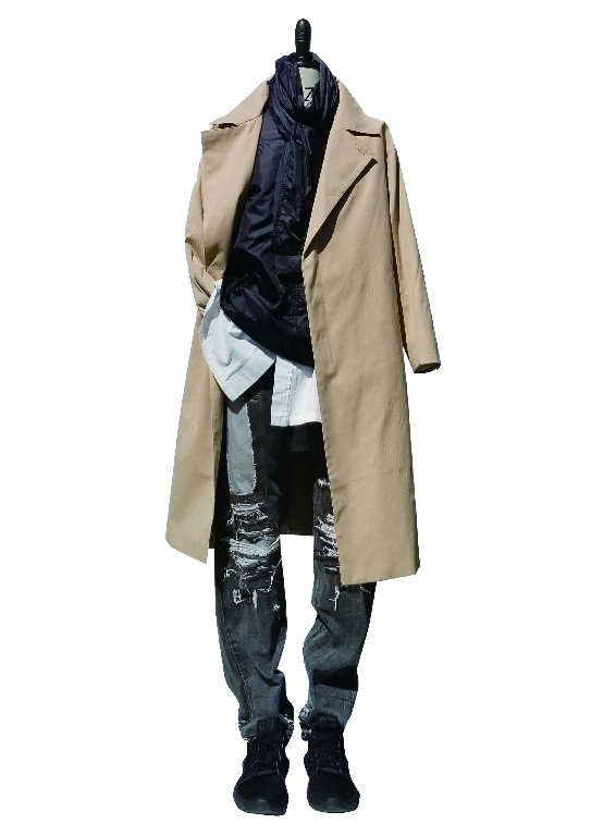 COPIHUE CLOTHING Array image49