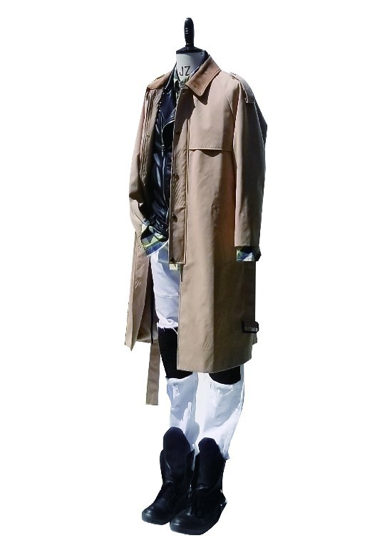 Long trench coat with shoulder tab