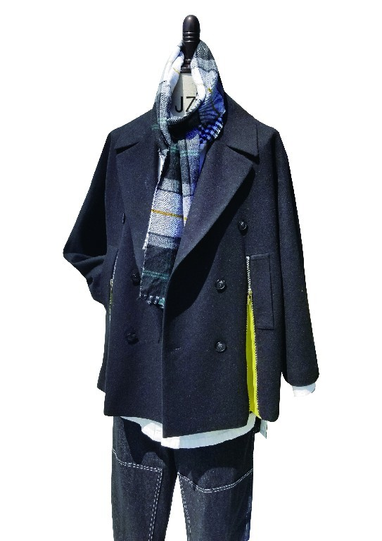 Men's wool jacket with wide laples