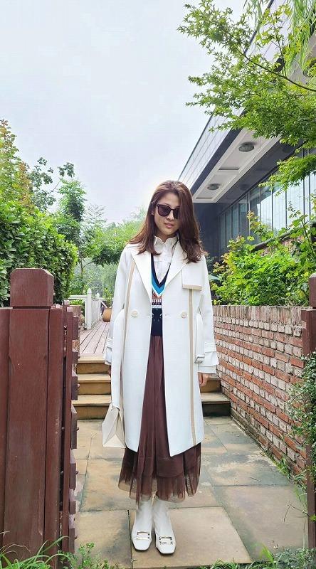 Women coat-good choice in early Autumn